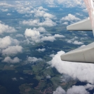 Krajina pod křídlem letadla