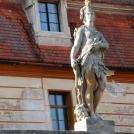 Socha, Valtický zámek