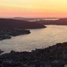 Západ slunce nad Bergenem - z vyhlídky Floyen