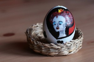 Velikonoční vajíčko se srdcovou královnou