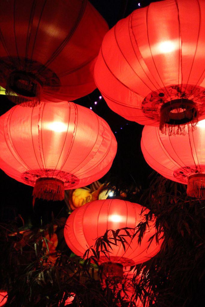 Čínské lampióny v dánském zábavním parku Tivoli