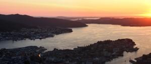 Západ slunce nad Bergenem, Floyen, Norsko